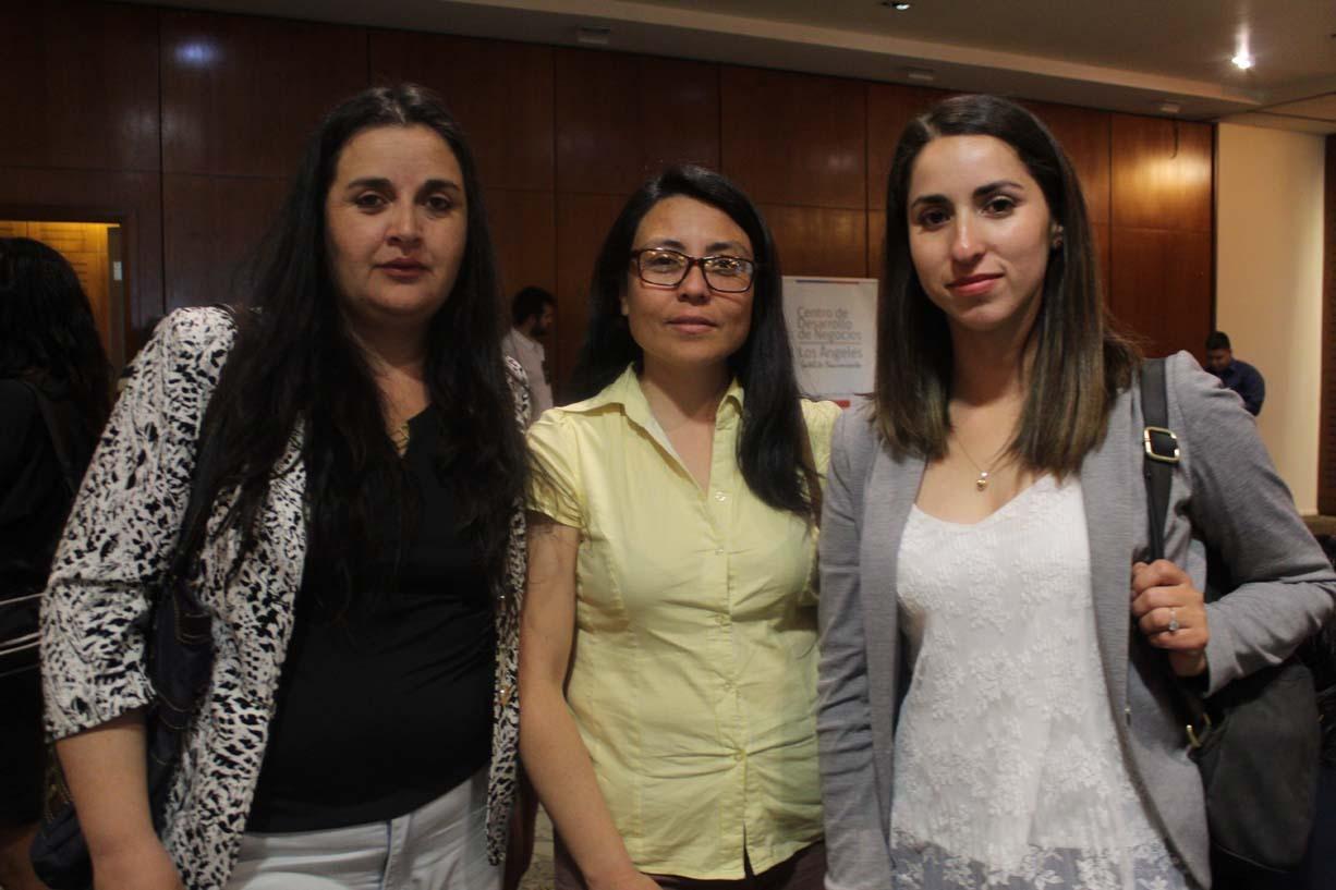 Bárbara Sepúlveda, Leslie Calderón y Soledad Veloso