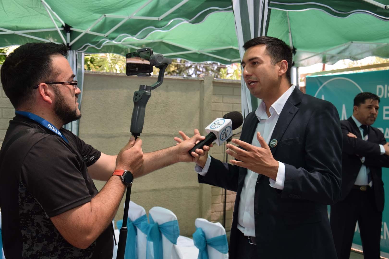 Prensa en Inauguración oficial de Centro Médico Alamédica en San Carlos