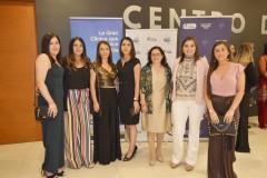 Bárbara Vivallos, María José Contreras, Melisa Sobarzo, Magdalena Arévalo, Adriana Caro, Cecilia Castro y Camila Schawcroft.