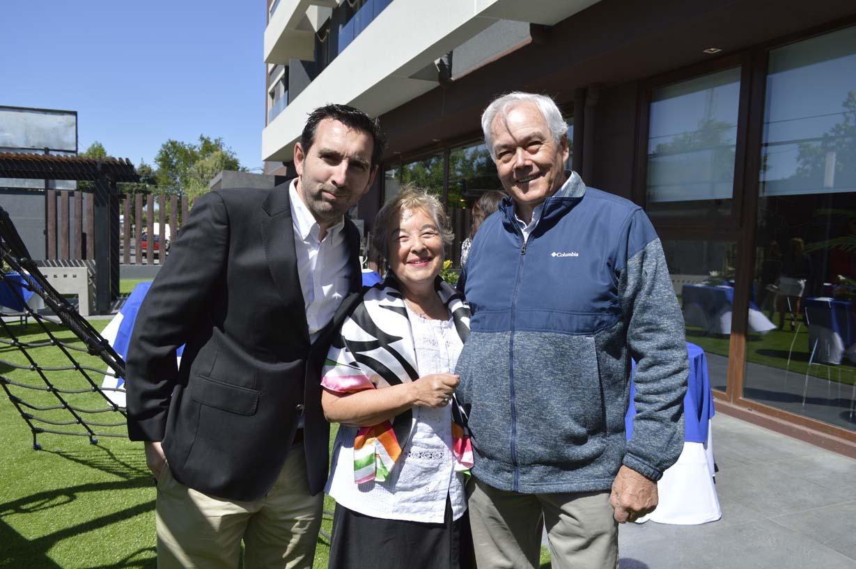Nicolás Larenas, Paulina Rodríguez y Rafael Valiente