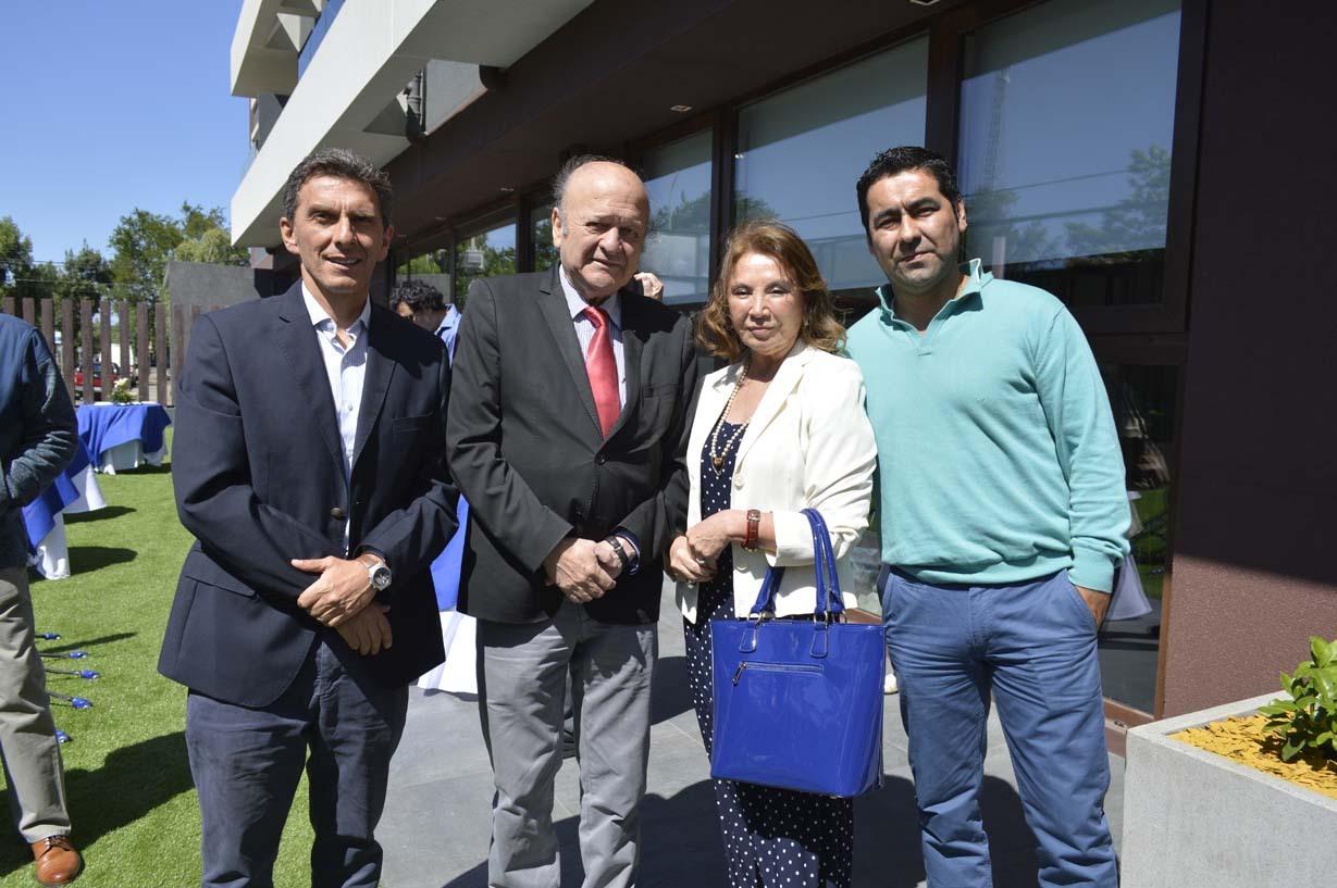 Camilo Benavente, Juan López, Rebeca Aguayo y Marcelo Riesco
