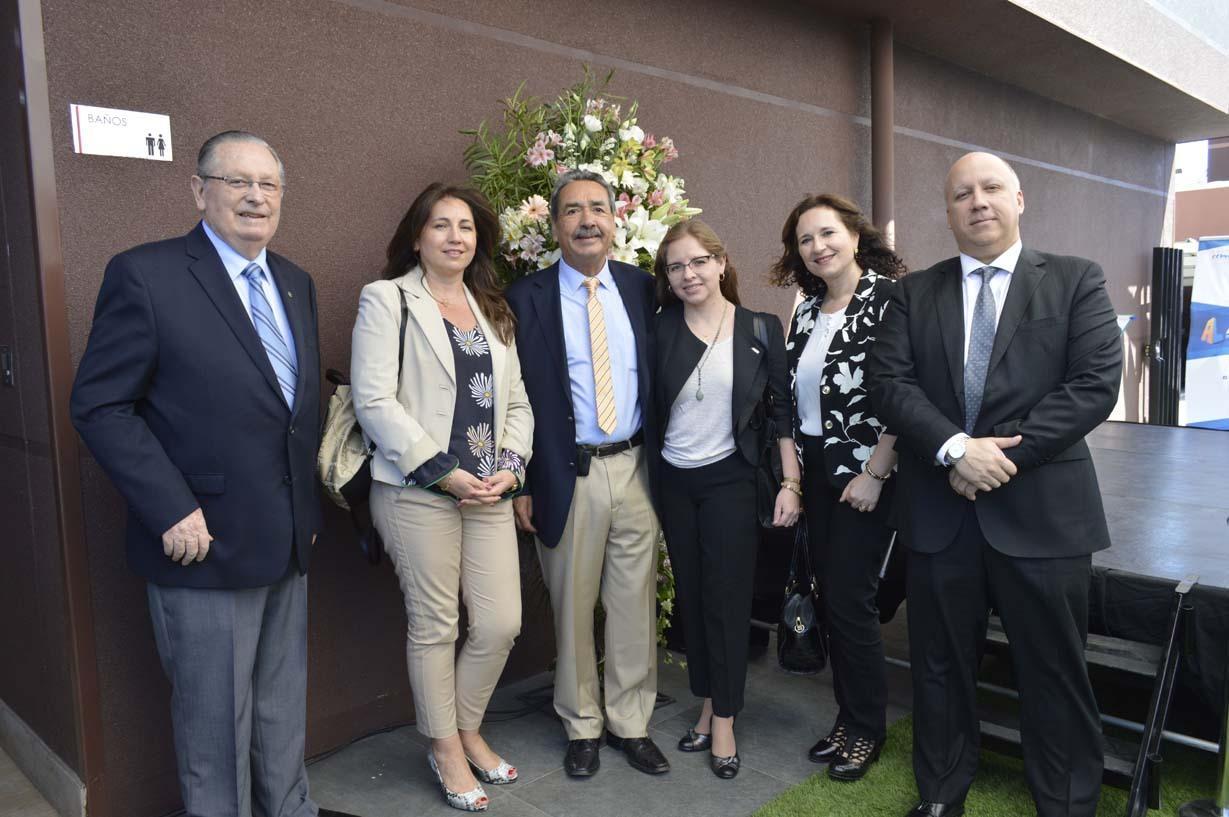 Ariel Larenas, Cecilia Oyarce, Diputado Carlos Abel Jarpa, Jimena Sepúlveda, Sandra Leiva y Rodrigo Sáez