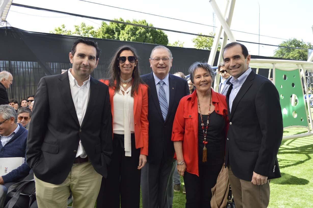 Nicolás Larenas, María Teresa Larenas, Ariel Larenas, María Teresa Valiente y José Luis Larenas