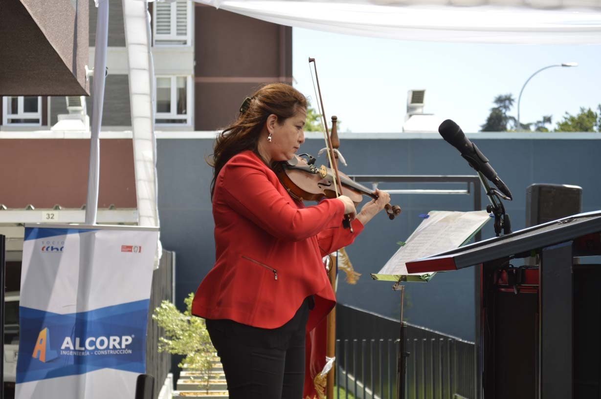 Carmen Gloria Mella, destacada violinista chillaneja