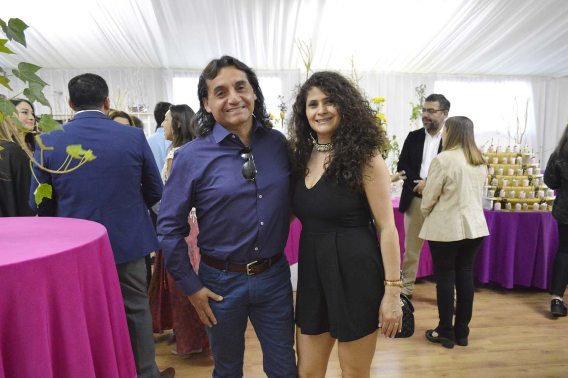 Tomás Henríquez y Linda González