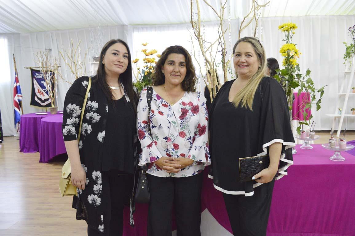 María Inés Fehrmann, Patricia Urrejola y Marina Ibáñez