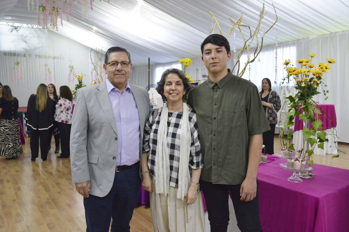 Eduardo Godoy, Alejandra Villagra y José Tomás Cifuentes