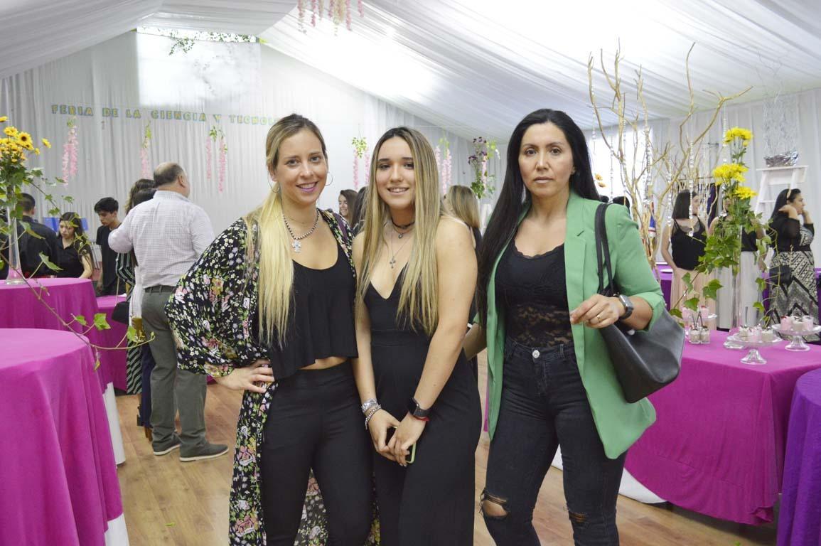 Carolina Lagos, Josefa Aure y Paola Ganga