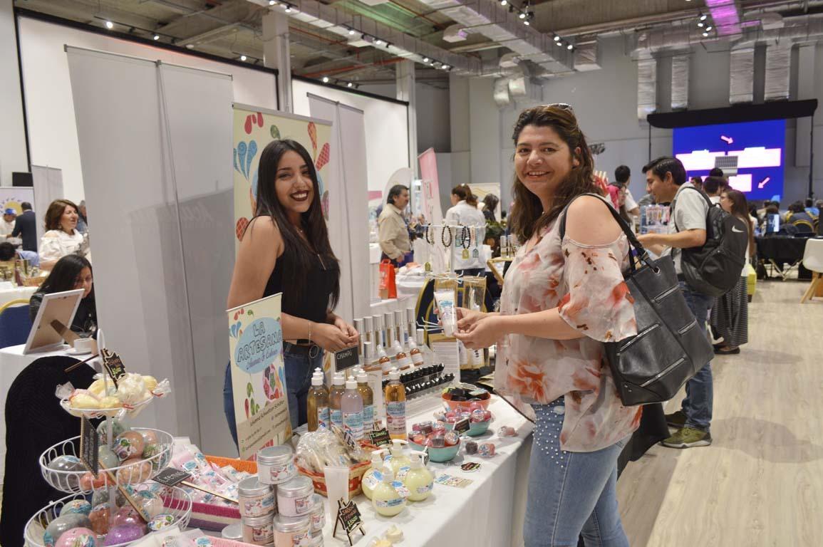 Tiare Herrera y Fabiola Molina