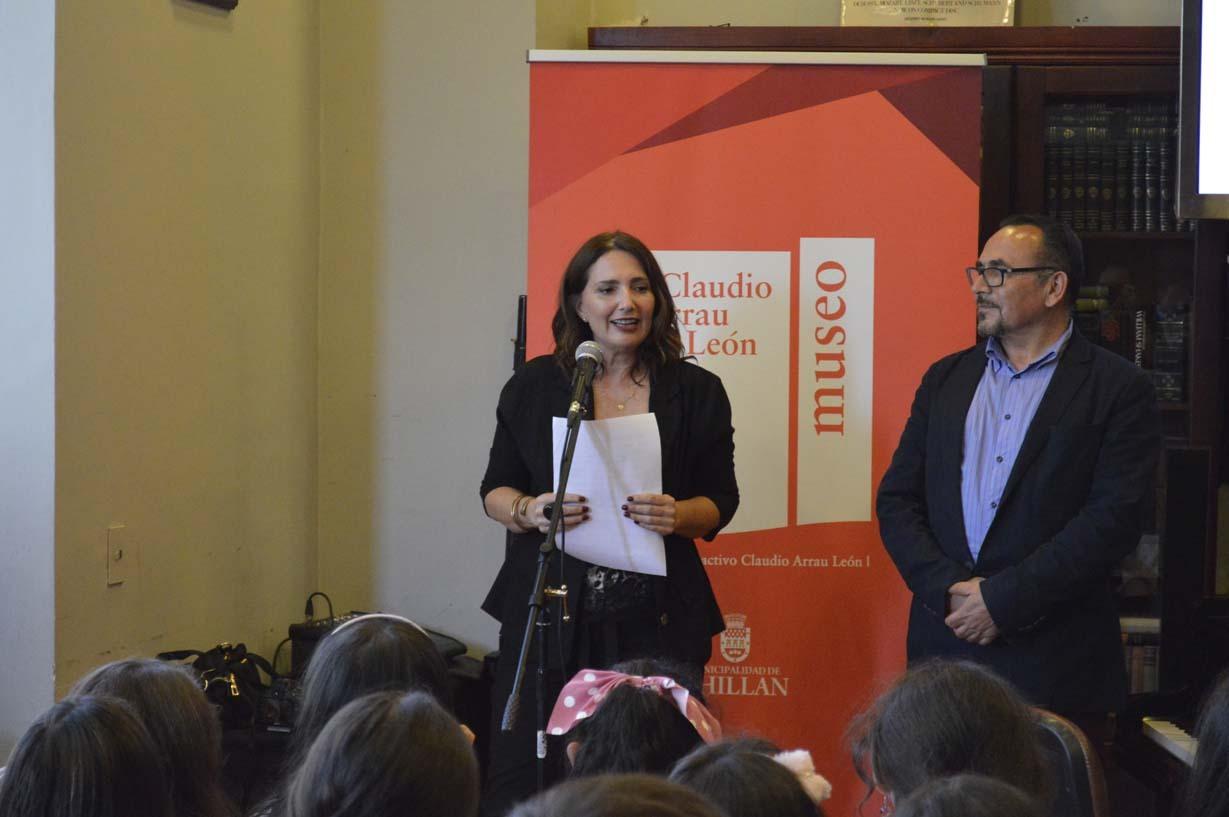 """Carla Castilla, profesora del taller """"Cómo quiero mi mundo"""""""