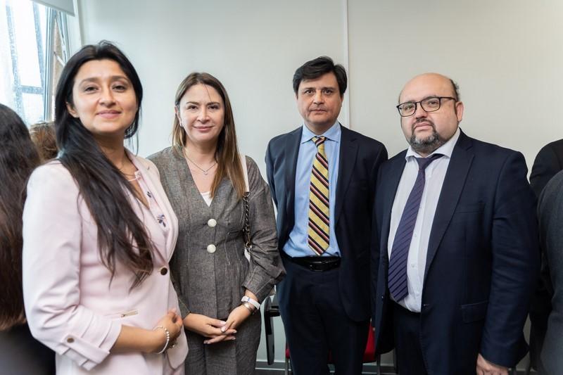 Carolina Mandiola, Cecilia González, César Castillo y Francisco Soto.