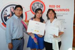 Luis Zurita, Leticia Zurita y Edelvira Soto.