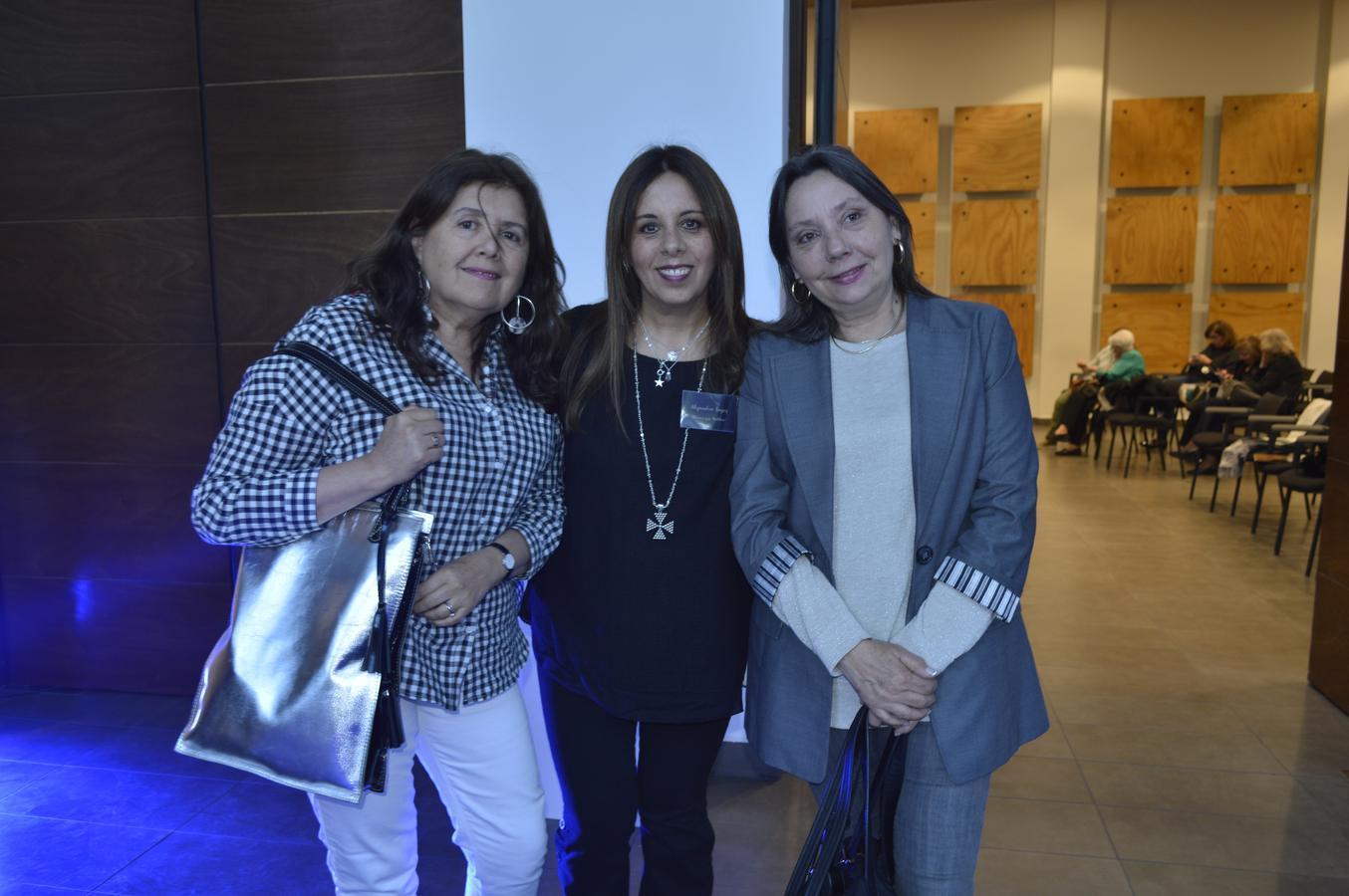 Constanza Bopp, María Alejandra Lagos y Rebeca Figueroa