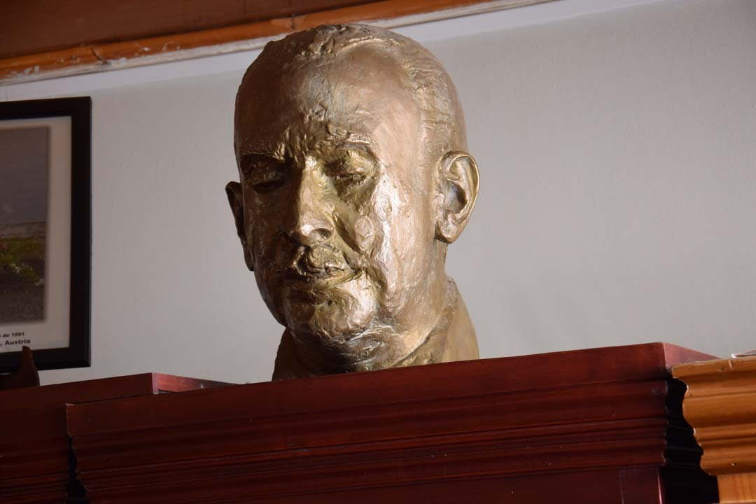 Busto Claudio Arrau