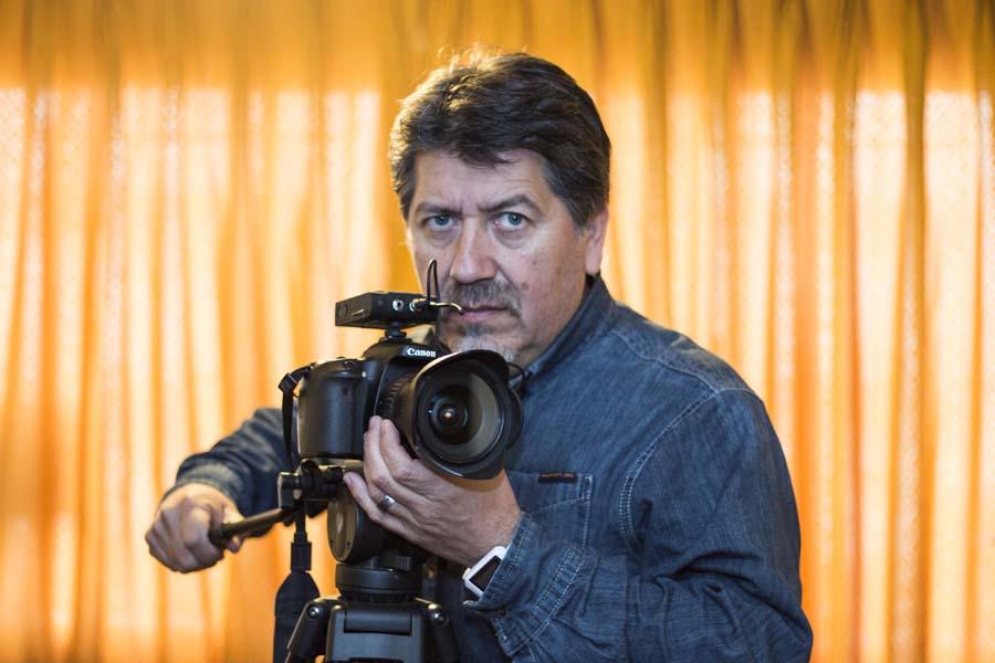 Photo of Marco Alvial, Diseñador Gráfico, Fotógrafo y Comunicador. La voz de las sombras en Ñuble