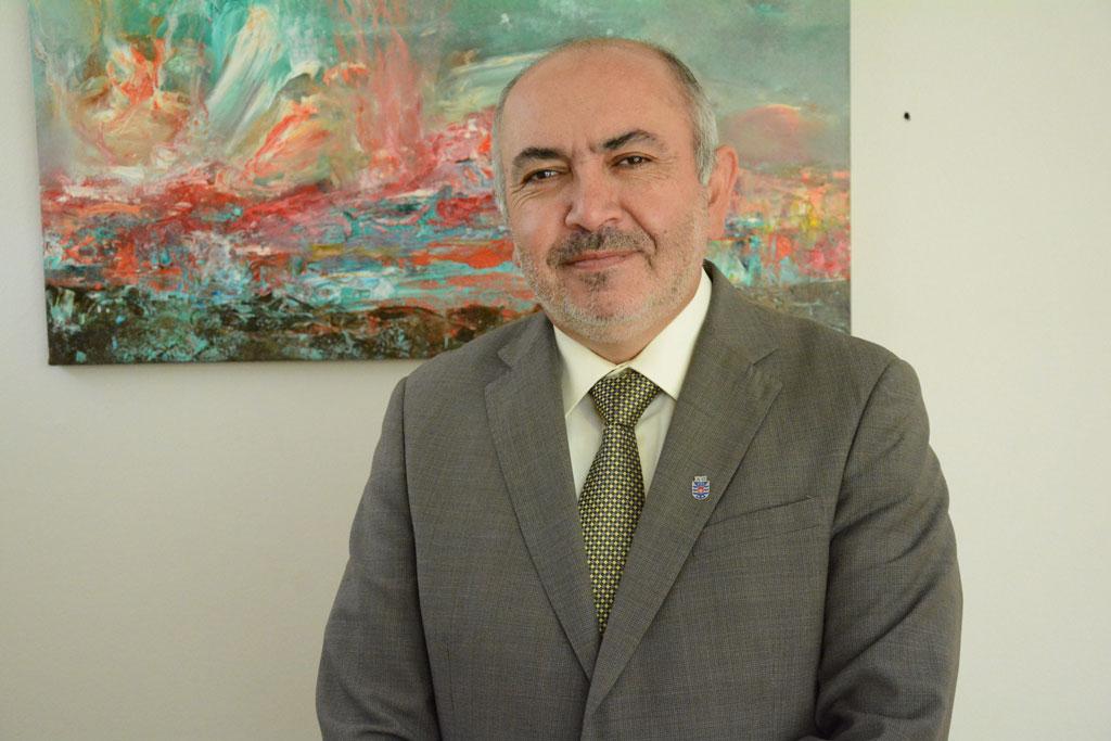 Photo of Benito Umaña anuncia candidatura a la Rectoría de la UBB