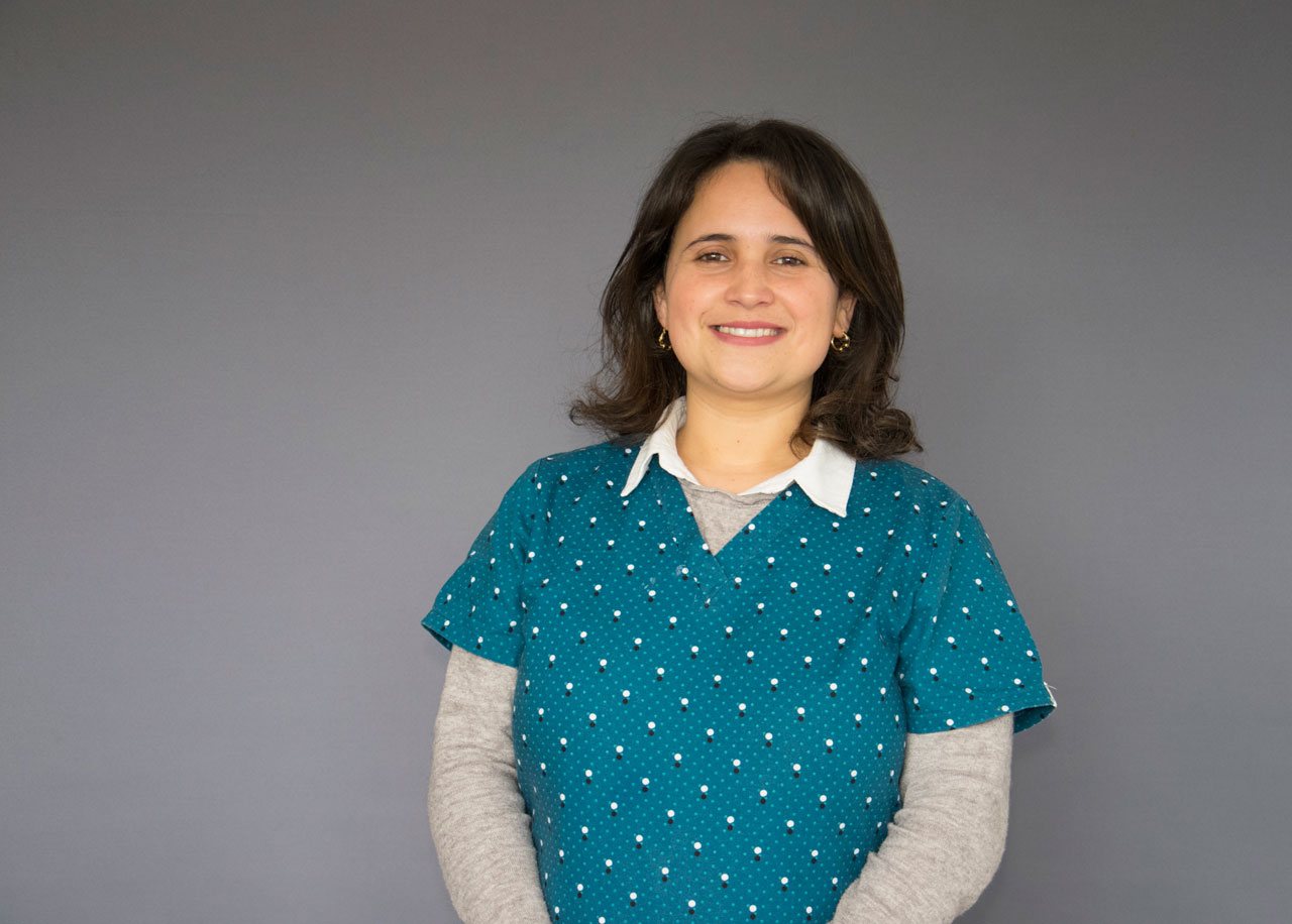 """Photo of Gabriela Mora, fonoaudióloga: """"Complementé el área de la salud con mi rol social"""""""