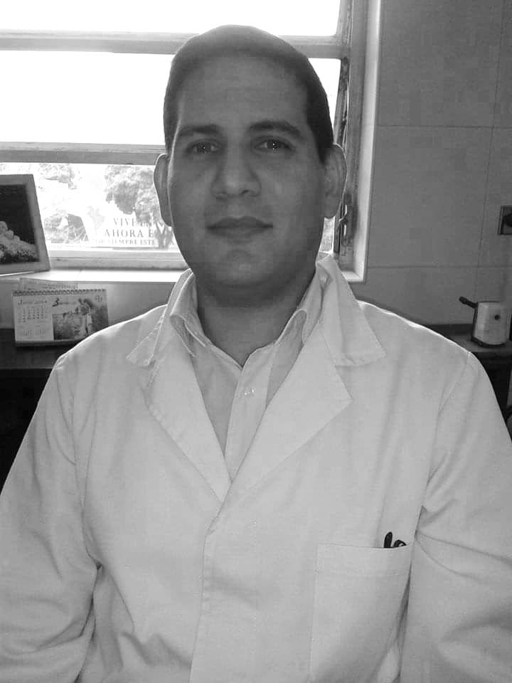 Jorge Carpio, neurólogo