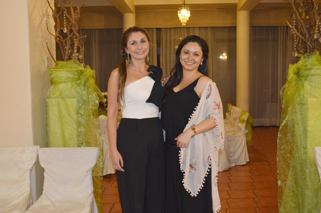 Constanza Rudiger y Karen Hizmeri