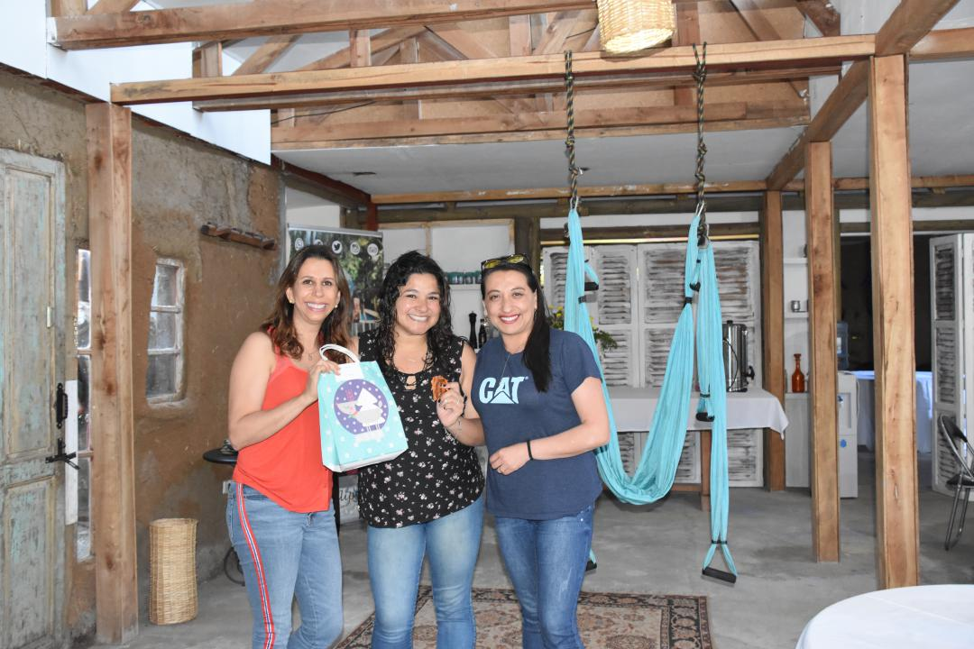 Karina Apara, Carolina Arias y Patricia Vergara