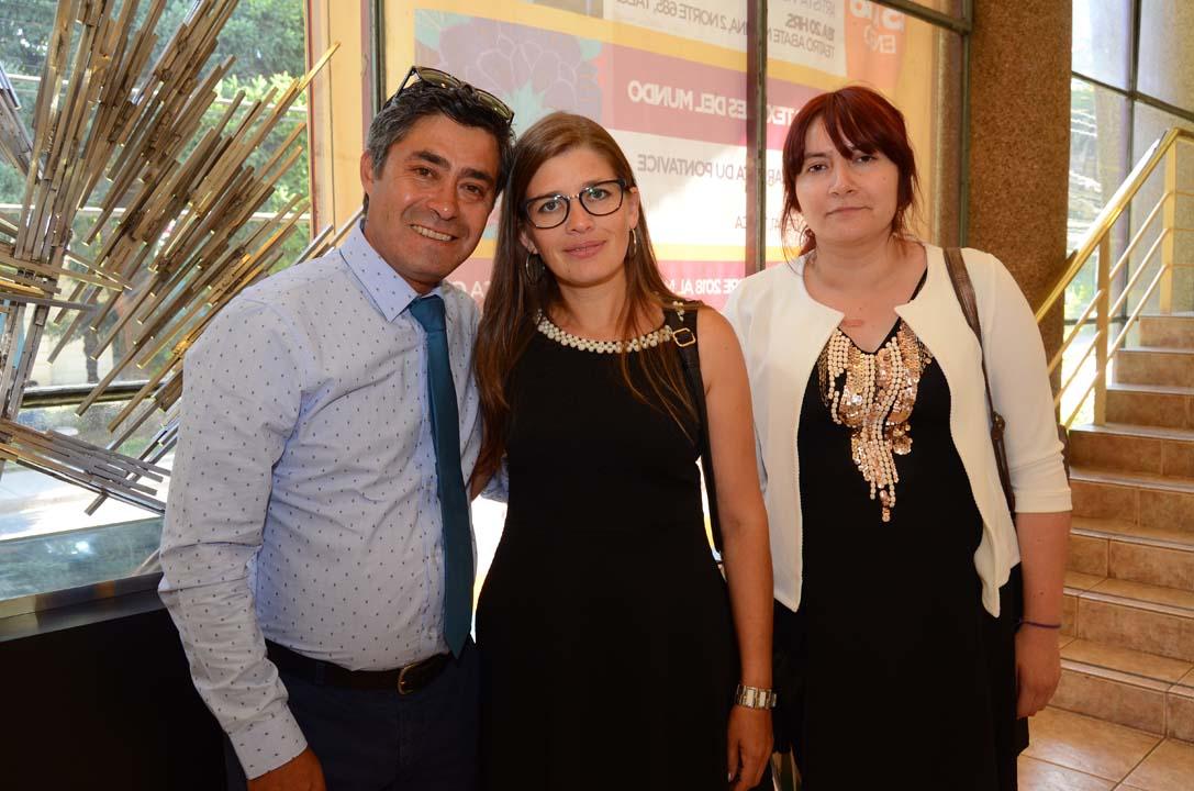 Juan Bustos Martínez, Vicky Clifford Parra y Janette Ávila