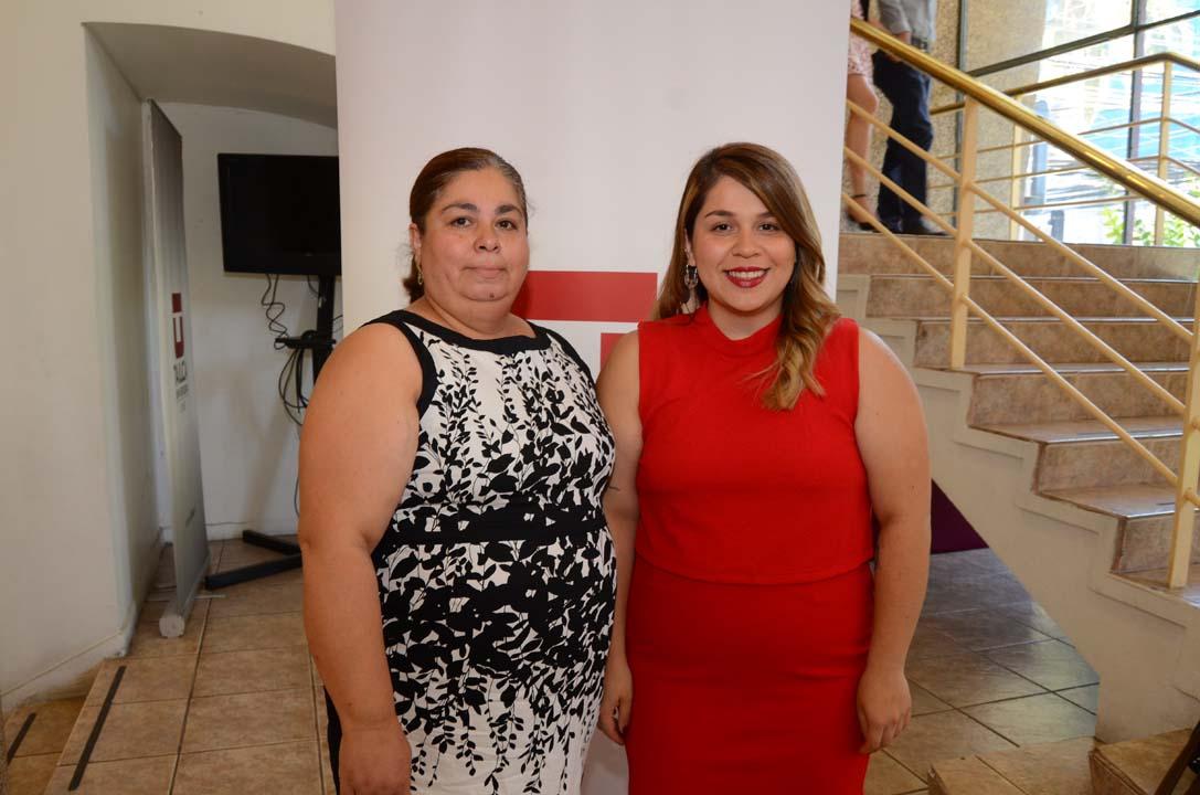 Lenny Esparza y Katherine Campos