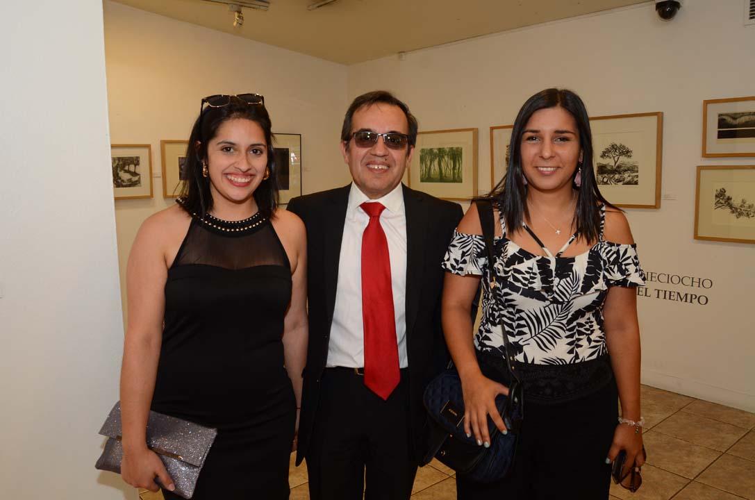 Jennifer Espinoza, Patricio Espinoza y Carolina Fuentes
