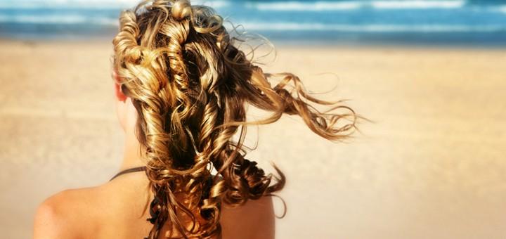 Photo of Cómo cuidar tu cabello del agua de la piscina y la playa este verano