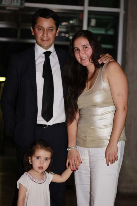 Mario Sotillo, Alejandra Sepúlveda y la pequeña Carmen Sotillo