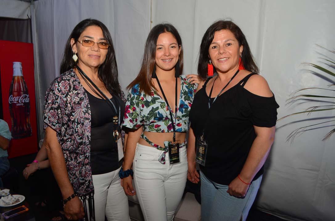 Juana Henríquez, Karine Parada y Cecilia Jorquera