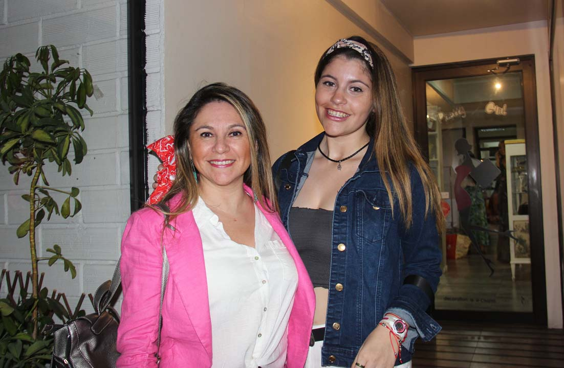 Alejandra Sánchez y Josefina Weitzel