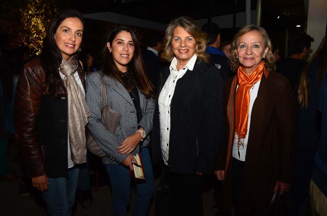 María Paz Macaya, María Luisa Weston, Alicia Court y Ana María González