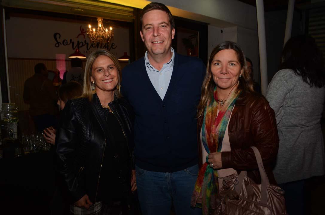 María Eugenia Rojas, Diego Jiménez y Anita Leiva