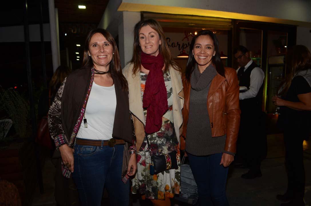 Rosario Loyola Barberis, Paola Balbontín y Cristina Yáñez