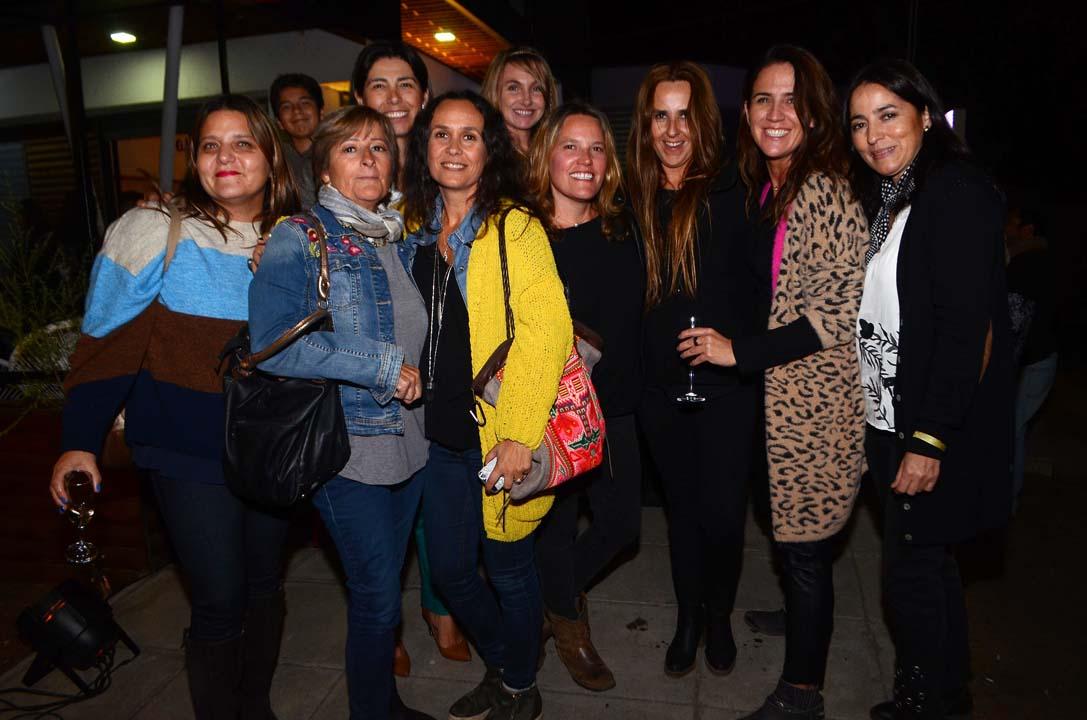 Sofía Leppe, Marta Azócar, Gabriela Durán, Sonia Ruiz, Patricia Rojas, Claudia Bozzo, Elizabeth Cerpa, Claudia Avendaño y Bernardita Troncoso