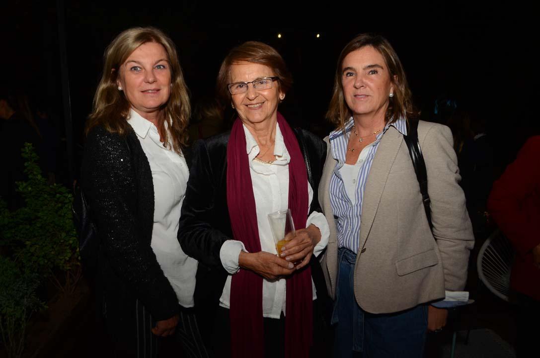 Carolina Cruz, Sara Véliz y María Matilde Pozo