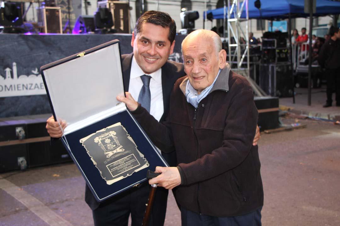 Alcalde Mario Meza y Alfonso González