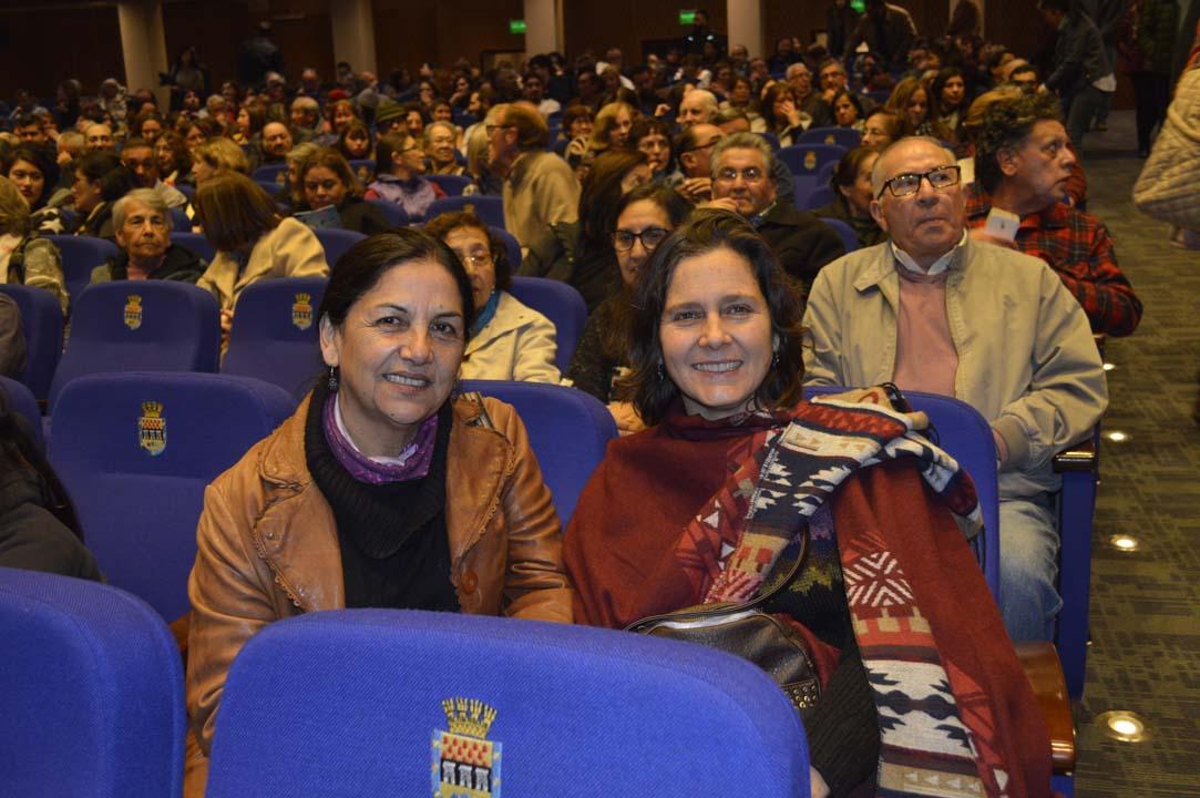 Rosa López y Kathy Jackson