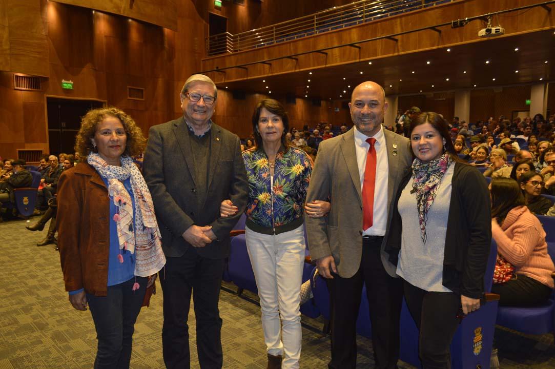 María Isabel Ormazábal, Sergio Recabarren, Teresa Sir, Pedro Rojas y Carolina Rivera