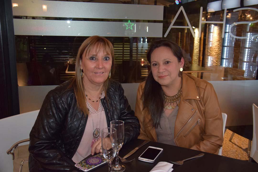 Erica Padilla y Anita Padilla