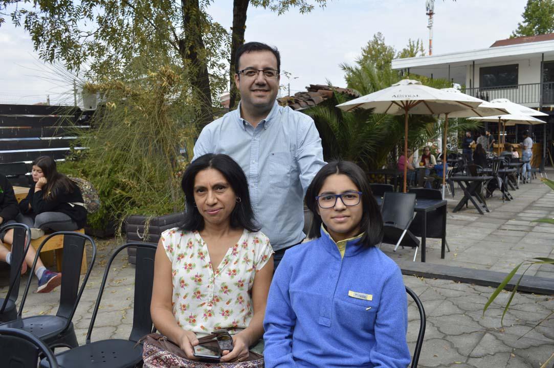 Jessica Méndez, Álvaro Cifuentes y Magdalena Cifuentes