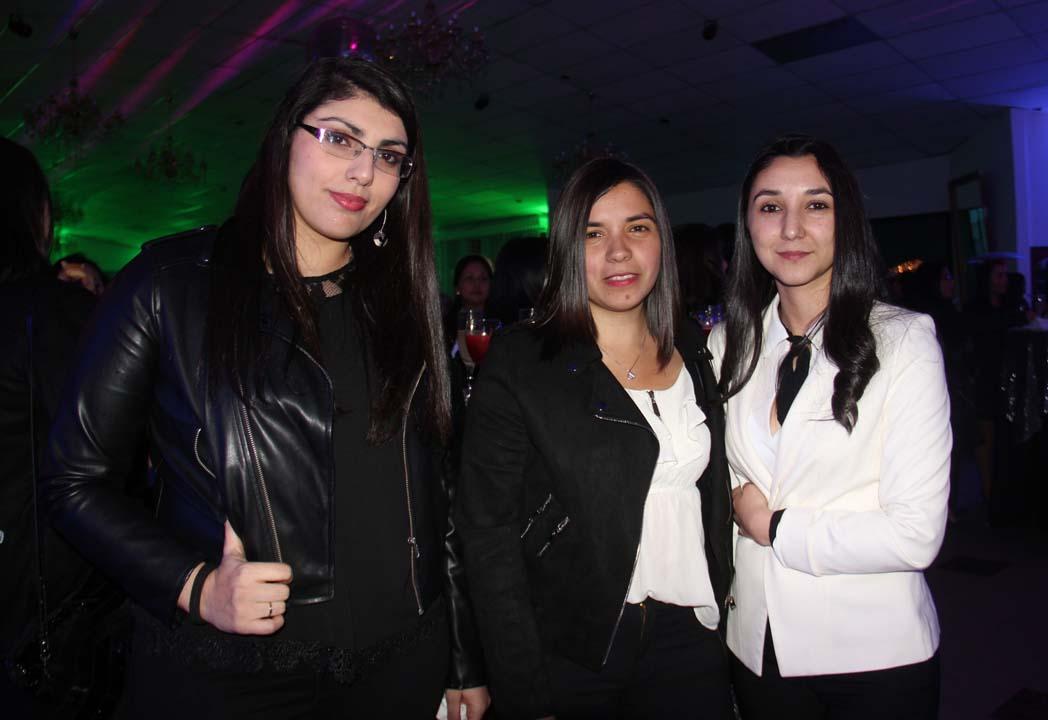 Cecilia Venegas, Daniela Morales y Belén Suárez