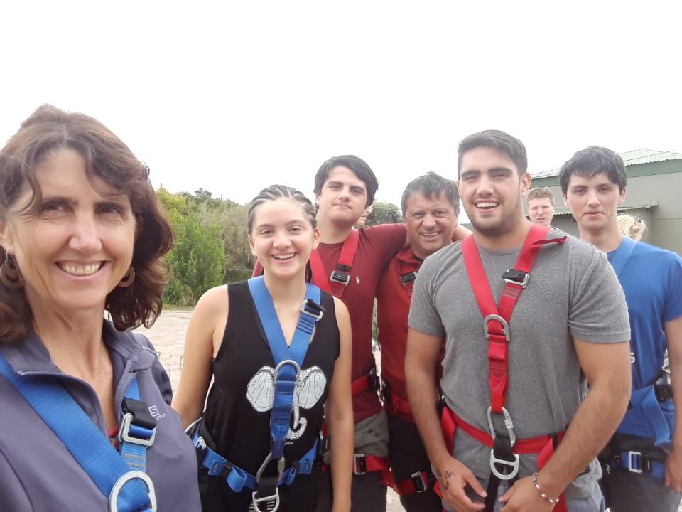 Andrés, Agustín (22), Iñaki (18), Andoni (16) y Amaia (13)
