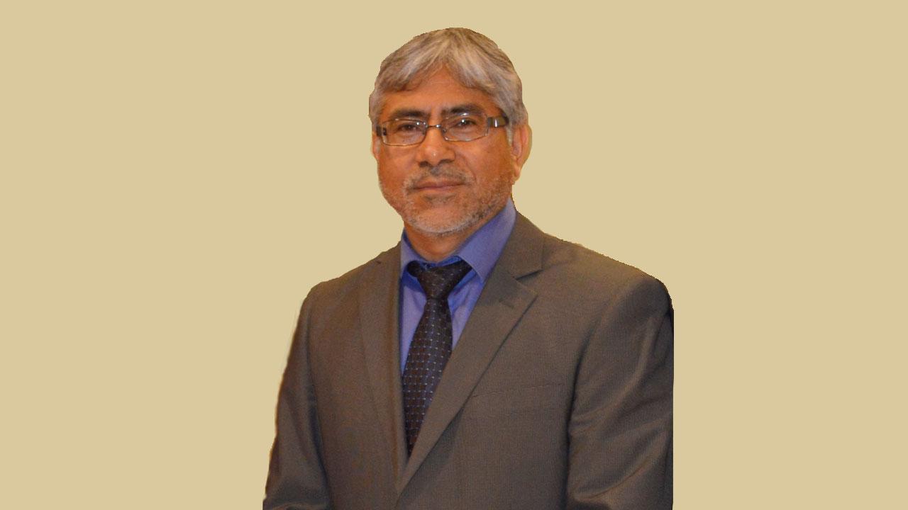 Dr. Ricardo Villalobos Carvajal. Director Doctorado en Ingeniería de Alimentos. Universidad del Bío-Bío