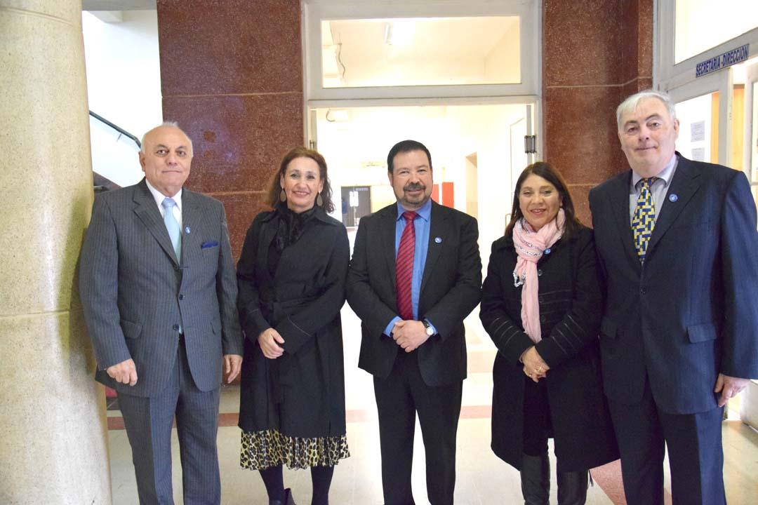 Wagner Pérez (Subdirector), Cristina Ruz (Jefa técnica), Clemente Llanos (Director), Gladys San Martín (Orientadora) y Pedro Ramos (Inspector General)