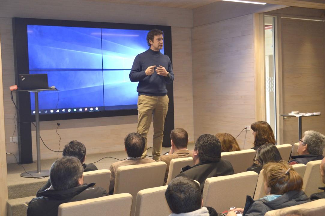 Photo of Augusto Robert, Gerente de Asuntos Públicos y Sostenibilidad de  CMPC Celulosa – Los Ángeles