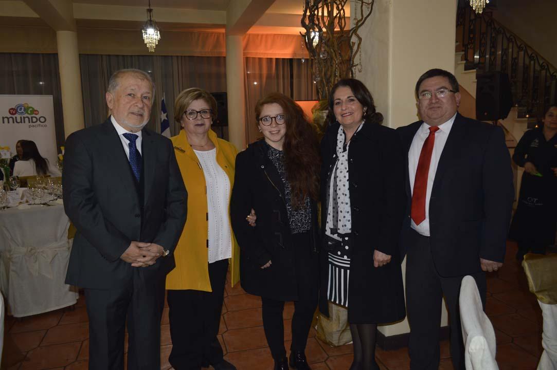 Luis Valdés, Gabriela Contreras, Gabriela Valdés, Soledad Valenzuela y Alejandro Rivas