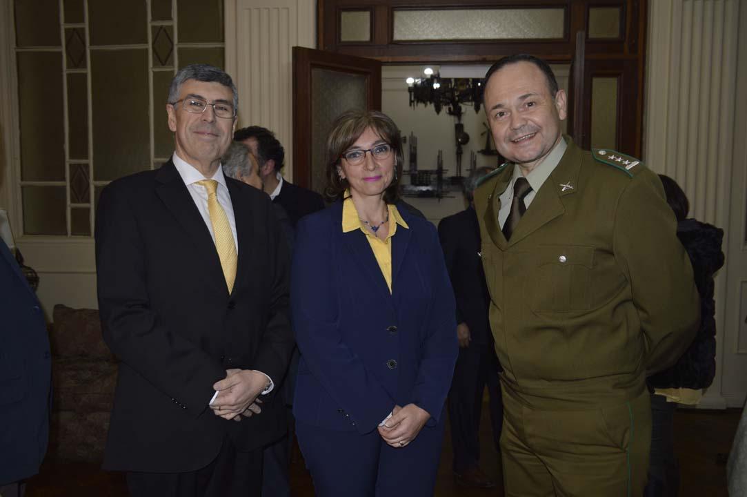 Cristian Fernández, María de Los Ángeles Chichizola y Coronel John Polanco