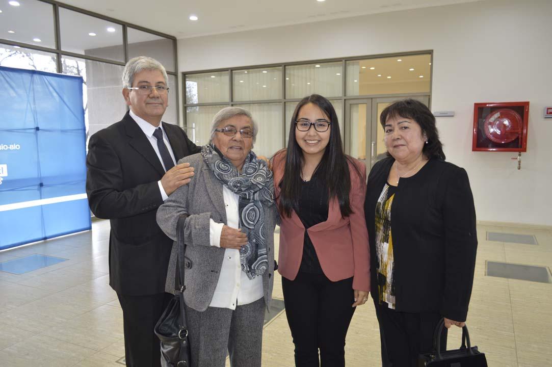 Ricardo Vildósola, Regina Fuentes, Carolina Vildósola y Marta Vera