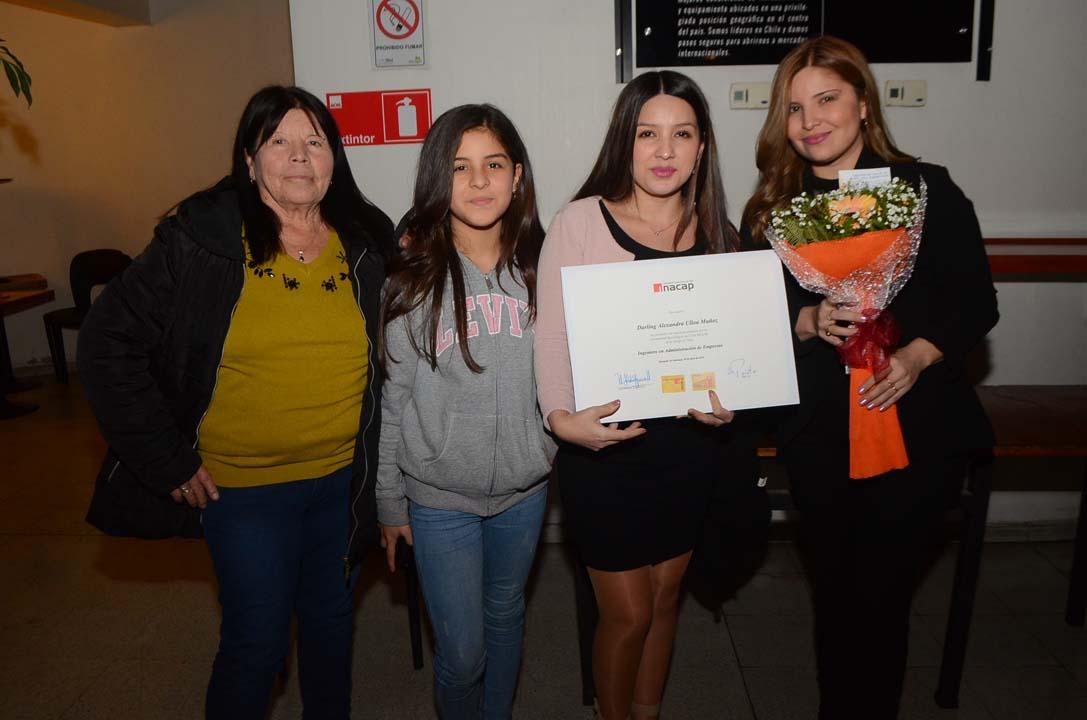 Ana Muñoz, Aracely Valdez, Darling Ulloa y Fernanda Ulloa